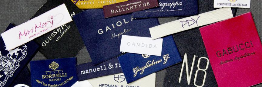 Etichette tessute che segnano il tuo stile